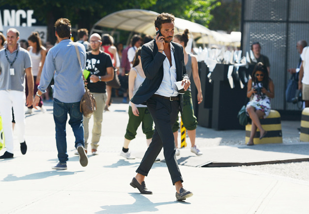 maxtonmen:  cropped pants with no socks at Pitti Uomo spring 2013