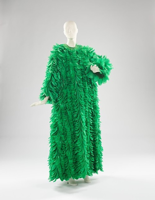 omgthatdress:  Coat Norman Norell, 1970-1971 The Metropolitan Museum of Art