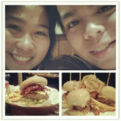 Mondate with tero @chili's tomas morato. #imiss #ig #burgers #foodporn #foodgasm #food  (Taken with Instagram at chili's tomas morato)