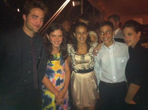 Another pic of Rob and Kris at the wedding in New Jersey