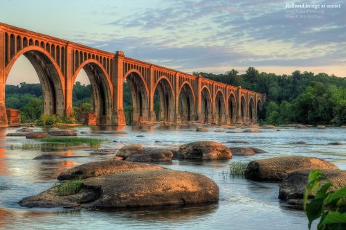 ryantannerread:  James River Railroad Bridge, Richmond, VA.