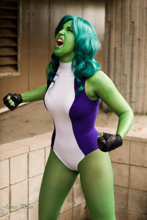 comicbookcosplay:  RappyDemon as She-Hulk Photography by Endymius