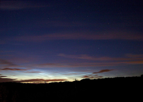 spacettf:  Noctilucent clouds, 2012 June 24, 23:34UT by SlartyB52 on Flickr.