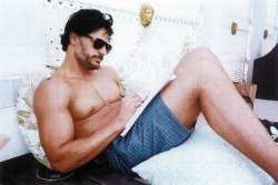 "vanityfair:  Joe Manganiello's favorite sexual position? ""Wolfie style."""
