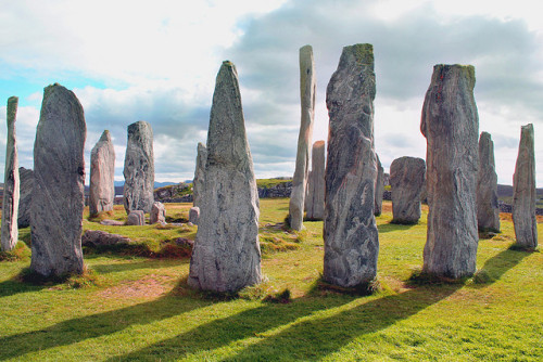 Calanais standing stones Isle of Lewis by duveldrinkeruk on Flickr.Via Flickr: Calanais standing stones Isle of Lewis. An ancient neolithic stone circle in the Outer Hebrides.
