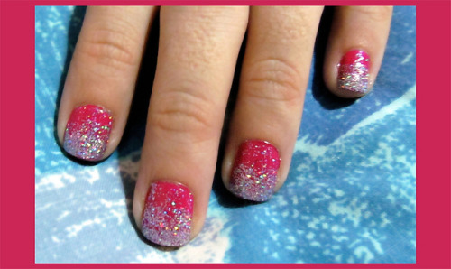 Magenta on Flickr.Effie Trinket's nail art.