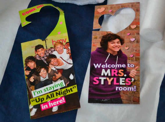 divahoran:  GIVEAWAY!! 8 One Direction Magazines with 15 posters inside (3 are the same as the old giveaway but they are different copies) 1 signed Up All Night Yearbook Edition 5 One direction Name Bracelets 1 Pair of Beats By Dr. Dre (i gave away white last time!) 1 $75 dollar gift card to victoria's secret & victoria's secret body lotion & 2 pink dogs 1 $50 dollar gift card to Starbucks 1 $25 dollar visa gift card 2 ChapSticks (UNUSED!) 1 Set of One Direction Stickets 1 NIKON D3100 CAMERA WITH NIKKOR LENSE. THIS IS NOT INCLUDED IN MAIN PICTURE BECAUSE IT IS THE CAMERA PICTURE WAS TAKEN WITH. (must reach 15k notes) some cool avaitor sunglasses  1 One DIrection light up concert glo stick (it is that white thing on the left of the main picture) 1 Pink Jack wills sweater (I have ordered this, est. date of delivery july 4th) 2 One Direction Door Hangers Rules: Mbf: Me (divahoran) & Her (wizardofhazz)  and my twitter (if you want)  Reblog as many times as you want! any more questions just ask! Ends August 29th, LIAM PAYNE'S BIRTHDAY!!! Please check back here for updates and information!