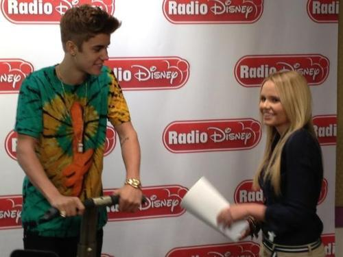 We kinda love this! @justinbieber hangin? with @allisimpson on a Segway