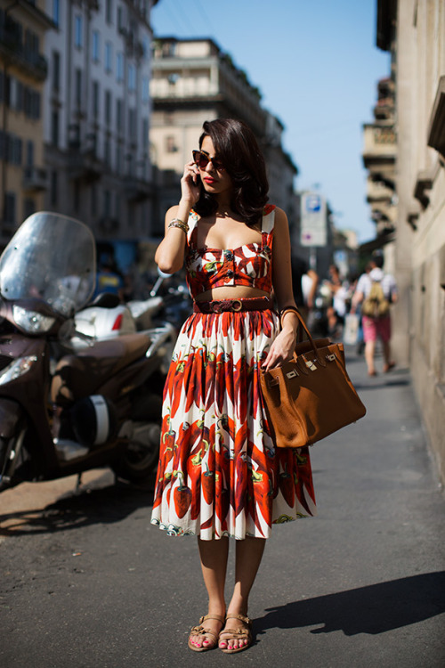 gretchenjonesnyc:  calivintage:  street style by The Sartorialist.