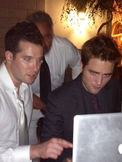 robsten-all-the-way:  DJ Rob