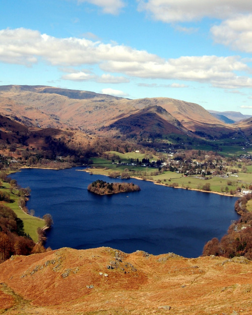 fuckyeahprettyplaces:  Grasmere, England.   Let's go, right now.