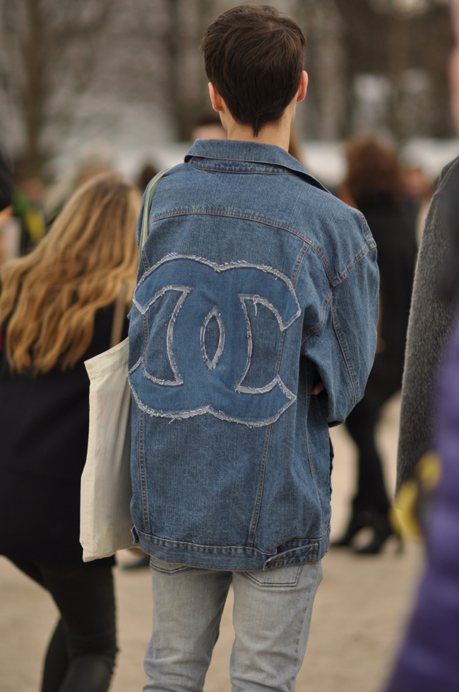 Denim Chanel.