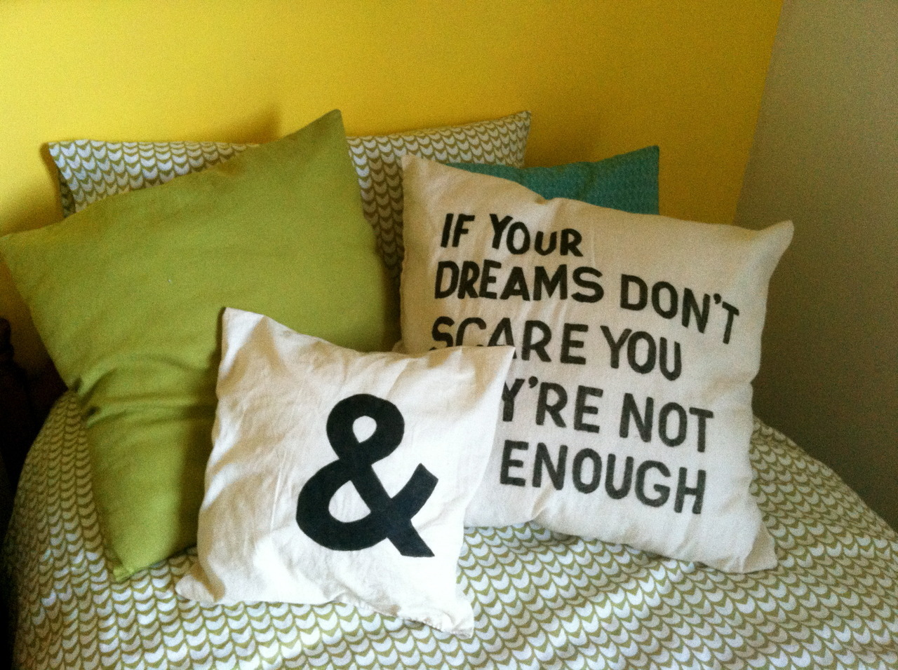 kathrynkayyy:  Ampersand pillow tutorial here! The quote pillow hidden behind can be found here. Aw man. I'm getting all domesticy now that I have my own place to domesticize.