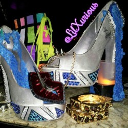www.LiLXurious.com #accessories and #johnashford shoes at it again. #fashion #shoes #heels #shoegasm #lips #muahz #kiss #animalprint #glam #squarebracelets #cheetah #leopard #spikes #nofilter #instafresh #instagood #instadaily  (Taken with Instagram)