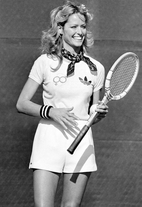 superseventies:  Farrah Fawcett plays tennis.