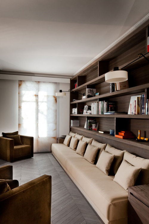 musesofdesign:  (via A Modern Apartment Near The Eiffel Tower | Yatzer)