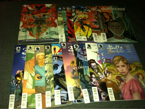 megbytheminute:  This is my amazing comics haul. I decided to order the back issues of everything I've fallen behind on all at once so I can finally catch up.