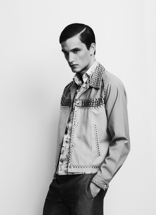 mensfashionworld:  Jakob Wiechmann by Sabrina Theissen for Sleek