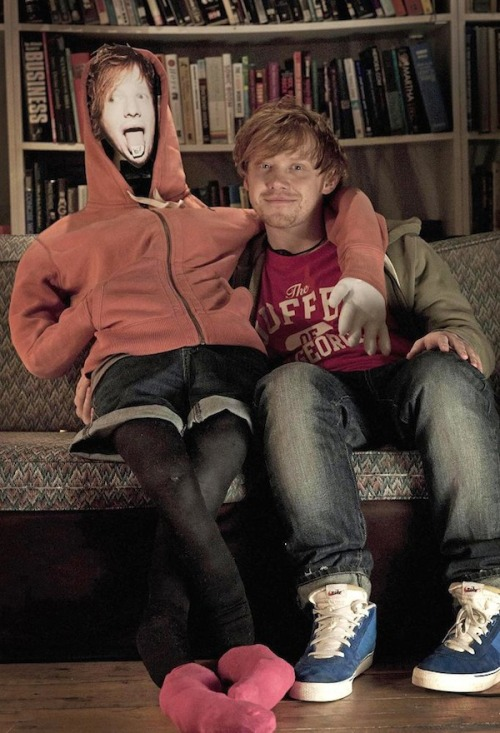I didn't know until now that Rupert Grint stared in Ed Sheeran's Lego House!!! *drooling*