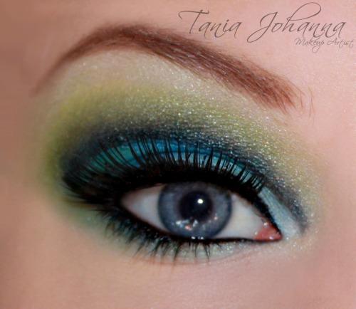 Inspired peacock eye - Tania Johanna Makeup Artist :) follow me at http://taniajohannamakeup.tumblr.com