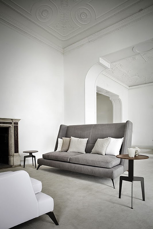Sofá Class - Gianluigi Landoni displayed on: Blogyarq