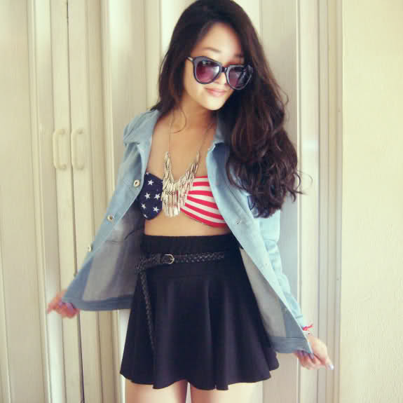 bikini top + necklace c/o Mad Lady • American Apparel skirt • denim jacket c/o Chicwish (image: rougefox)