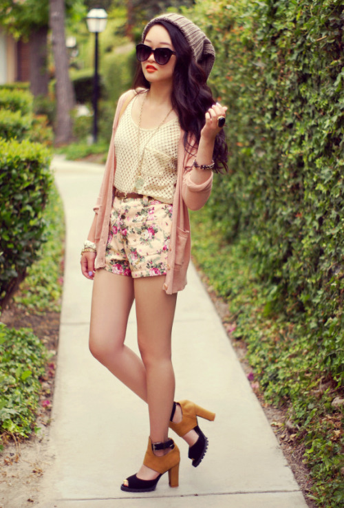 what-do-i-wear:  top + shorts c/o Elly Sage • bag c/o Oasap • H&M cardigan • Forever 21 beanie • heels from Santee Alley (image: rougefox)
