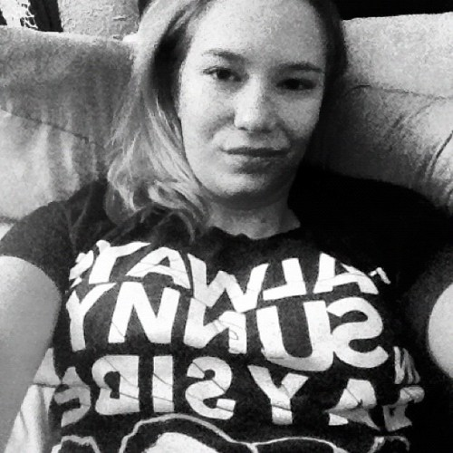 #goodnight #blackandwhite #itsalwayssunny #bayside #music #me #hotmess  (Taken with Instagram)