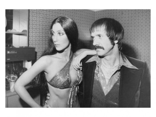 THIS DAY IN MUSIC…  June 26th,1974, Cher divorced Sonny Bono after 10 years of marriage. Four days later, Cher married guitarist Gregg Allman, the couple split 10 days after that, got back together and split again. They did stay married for three years, producing Elijah Blue Allman.