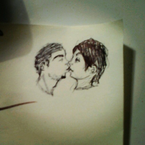 inchhmeal:  D'aaaw chris drew us (Taken with Instagram)