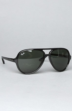 Ray Ban The 59mm Cats 5000 Sunglasses in Black, , Save 20% off your order with Rep Code: PAMM6