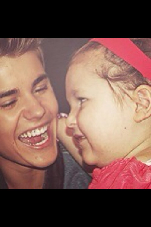 "#PrayForAvalanna she only has till June 26th 2012 this wendensday to make it but cancer only makes her ""STRONGER""(':"