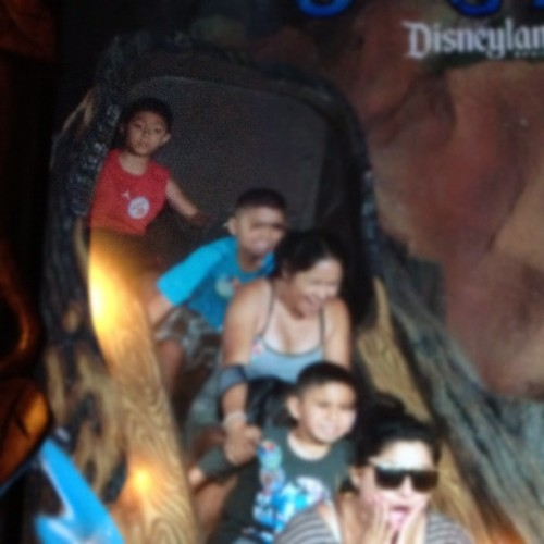 Notice how calm he is #SplashMountain #Disneyland #Disney #TheHappiestPlaceOnEarth (Taken with Instagram)