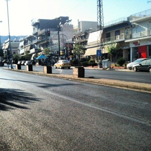 Empty streets #40degrees #heat #hot #summer #athens (Taken with Instagram)