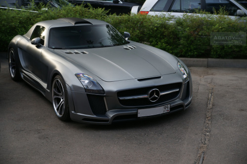 Upper echelon Starring: Mercedes SLS Gulfstream by FAB Design (by Agatov | Photography)
