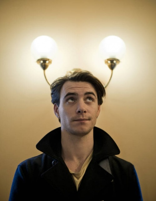 Harry Lloyd being adorable.