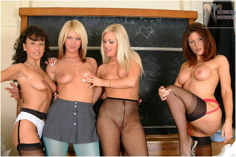 natashanylons:  Mrs Whiplash and her 3 star girls