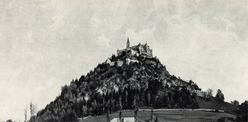 The Hochosterwitz castle in Carinthia in Austria, 1898 photo by Alois Beer
