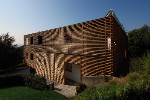 Casa Morchiuso by Marco Castelletti Architects The design achieves an unusual quality of being solid on the interior while ephemeral on the exterior.