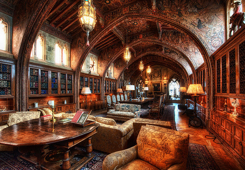 wellwornwornwell:  William Randolph Hearst's Library