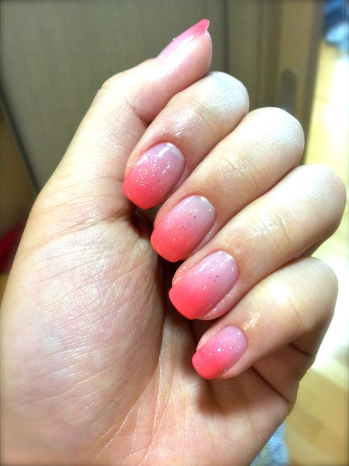 Peach gradient nails done in korea!