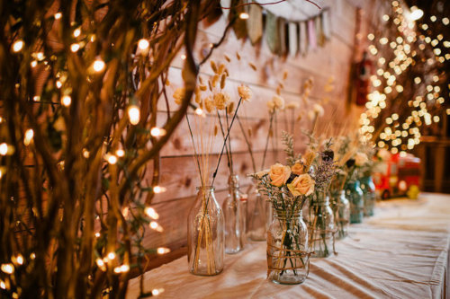 I want these kind of decorations at my wedding :)