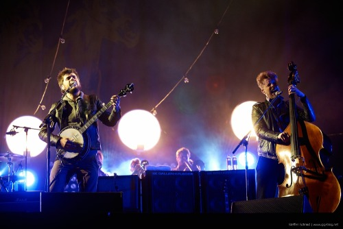 Winston Marshall and Ted Dwane of Mumford & Sons perform at Southside Festival in Neuhausen Ob Eck, Germany on 22nd June 2012. Photo copyright Steffen Schmid.