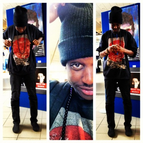 elitepurpznavi:  #picstitch #AllBlack Everything #Swag #BeanieHat #Smile #Zimbabwe #Art (Taken with Instagram)