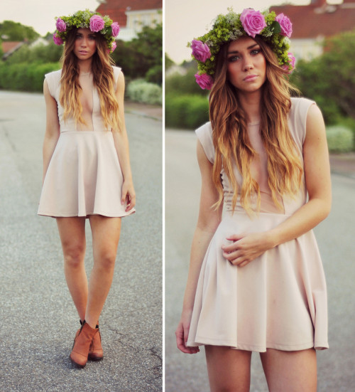 globalstreetfashion:   sher floral headband is so lovely!!
