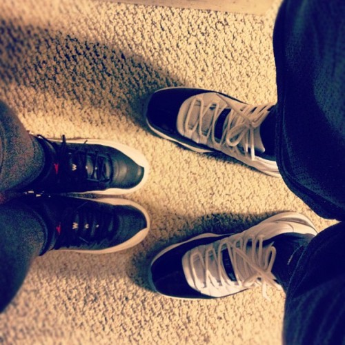 silbenitez93:  @kathy_sanchez and I rocking our J's #jordans #playoffs #concords #retro #jumpman23 #shoehead #sneakerfreaker #babymomma ;)  (Taken with Instagram)