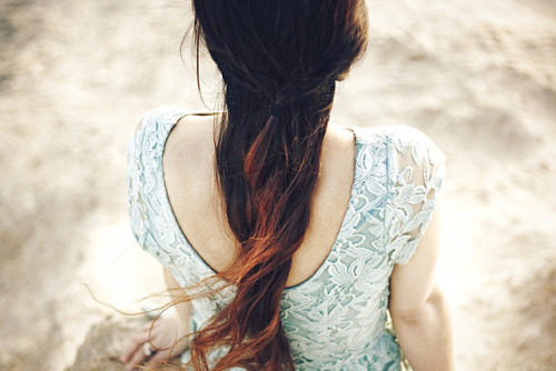 vulst:  untitled by victoria smyrniotis on Flickr.