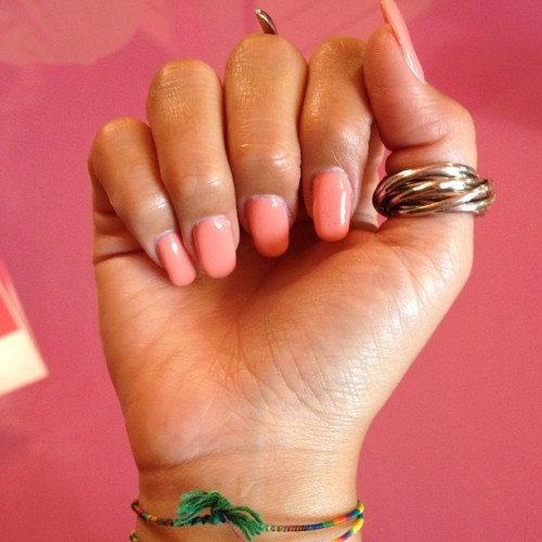 My peach nails #nails #peach #nailpolish #fashion #summer  (Scattata con Instagram presso Elle Abbigliamento Pelletteria Accessori Bijoutteria )