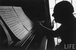 onlyoldphotography:  Gjon Mili: Cellist Pablo Casals at the piano studying a musical score & smoking pipe. 1966, Puerto Rico
