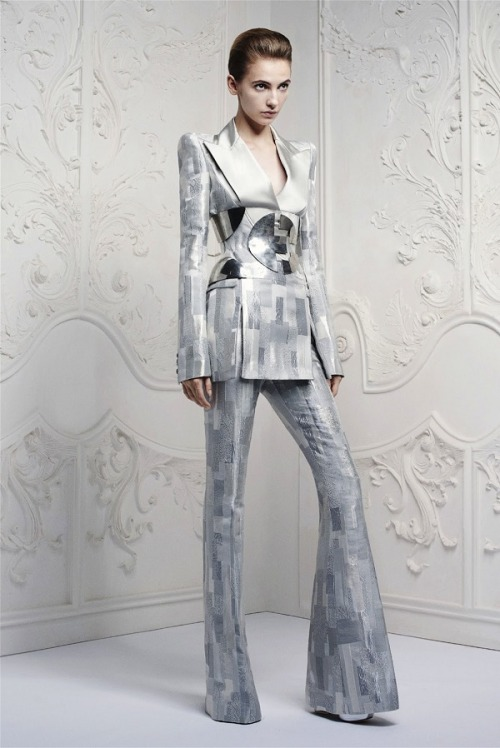 spinningbirdkick:  Alexander McQueen Resort 2013 Lookbook.